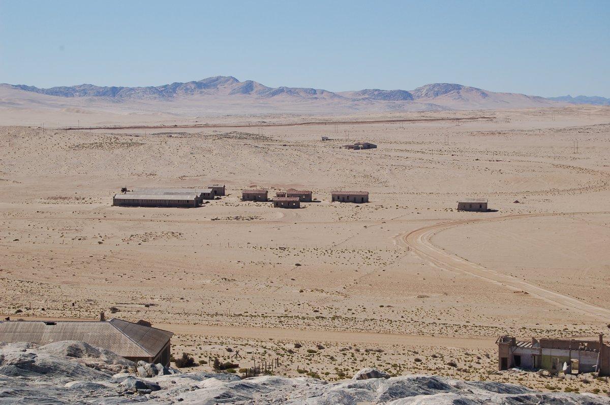 Övergiven spökstad i Namibia öken (2)
