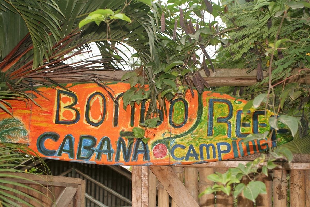 Ecuador, Bo billigt på camping