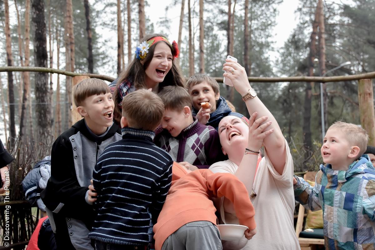 Ukraina, Kiev, Sos Barnbyar (64 av 78)